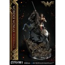 PRECOMMANDE Wonder Woman on Horseback Statue Iron Studios