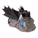 Daenerys and Drogon Statuette Dark Horse