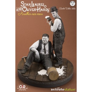 """ACOMPTE 20% précommande Stan Laurel and Oliver Hardy """"Another Nice Mess"""" Statue Infinite Statue"""