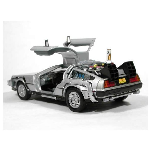 delorean retour vers le futur ii 1 24 welly liberty toys. Black Bedroom Furniture Sets. Home Design Ideas