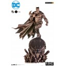 PRECOMMANDE Batman Bronze Edition 1:3 Scale Statue Iron Studios