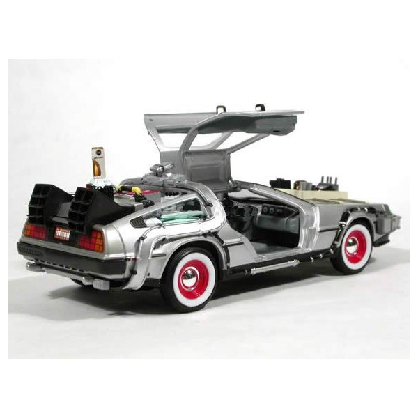 delorean time machine retour vers le futur iii 1 24 welly liberty toys. Black Bedroom Furniture Sets. Home Design Ideas