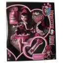 "Draculaura™ ""1600"" Monster High™ 2011 Mattel"