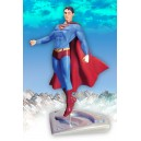 Superman Returns in Flight Statue DC Direct