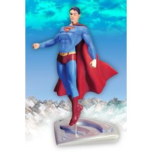 Superman Returns in Flight Statue DC Direct