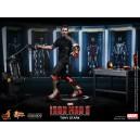 Tony Stark Figurine 1/6 Hot Toys