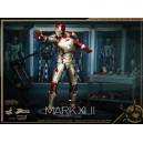 Iron Man Mark XLII Power Pose Series Figurine 1/6 Hot Toys