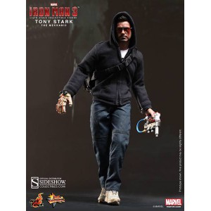 Tony Stark (The Mechanic) Figurine 1/6 Hot Toys